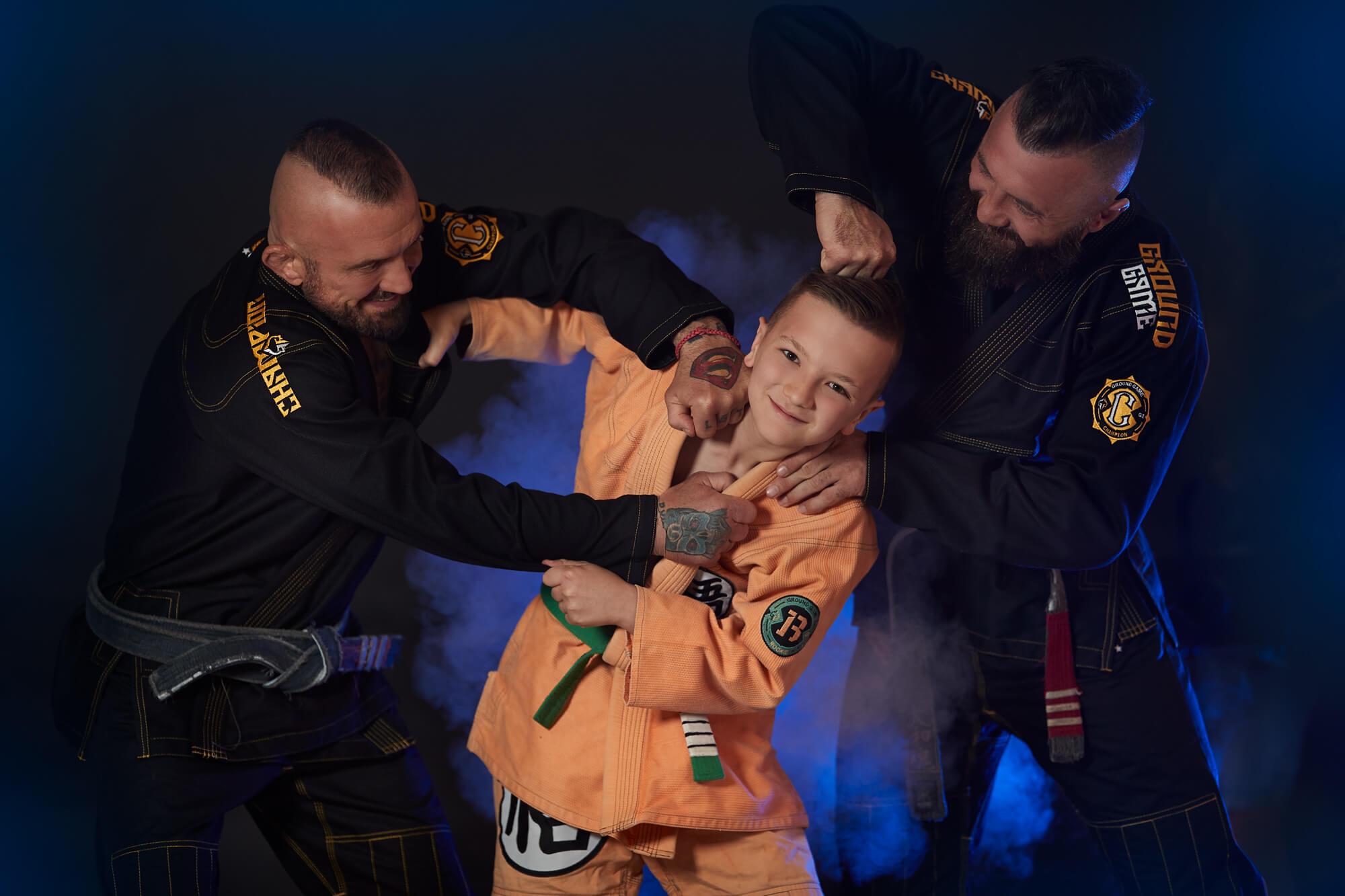 Twoje dziecko jest niecierpliwe? Zapisz je na trening sportów walki!